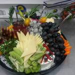 Preview_exotic_fruit_n_cheese_tray.1